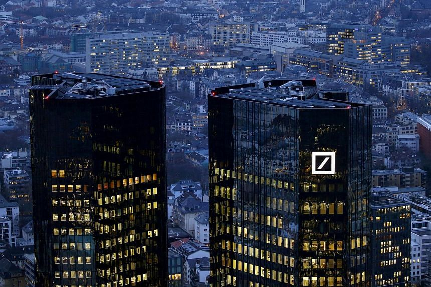 Germany's flagship lender beat expectations of analysts, who had forecast net income of €281 million after €278 million in the third quarter of last year, according to a Reuters poll.