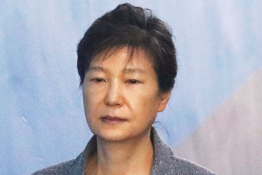 The entire defence team for Park Geun Hye resigned in protest against the extension of her detention until next April.