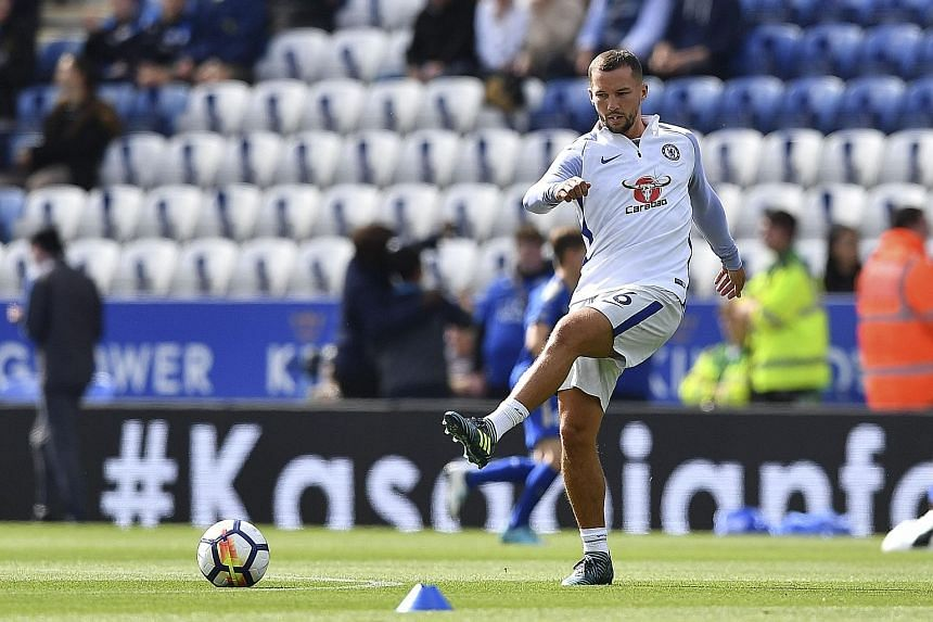 Midfielder Danny Drinkwater may have to make do with a place on the bench, after his Chelsea debut in Wednesday's League Cup win over Everton. Blues anchorman N'Golo Kante remains ruled out.