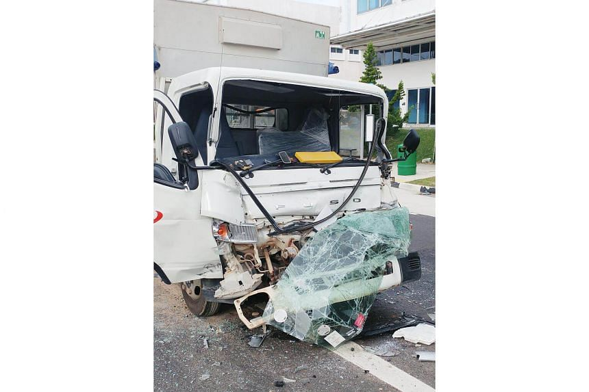 The lorry crane had stopped suddenly at the traffic light and while he had hit the brakes, the vehicle did not manage to stop in time and ended up crashing into the one in front.