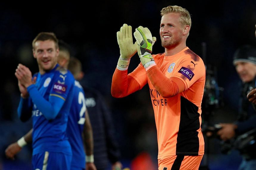 Leicester City's Kasper Schmeichel applauds fans after the match at King Power Stadium in Leicester, Britain on Oct 29, 2017.