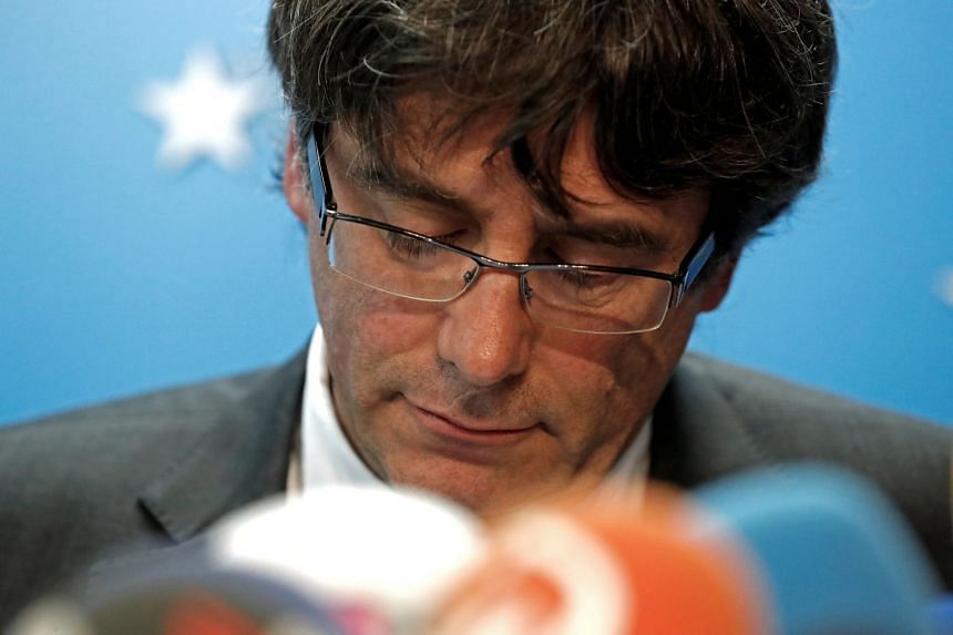 Sacked Catalan leader Carles Puigdemont attends a news conference in Brussels, Belgium, Oct 31, 2017.