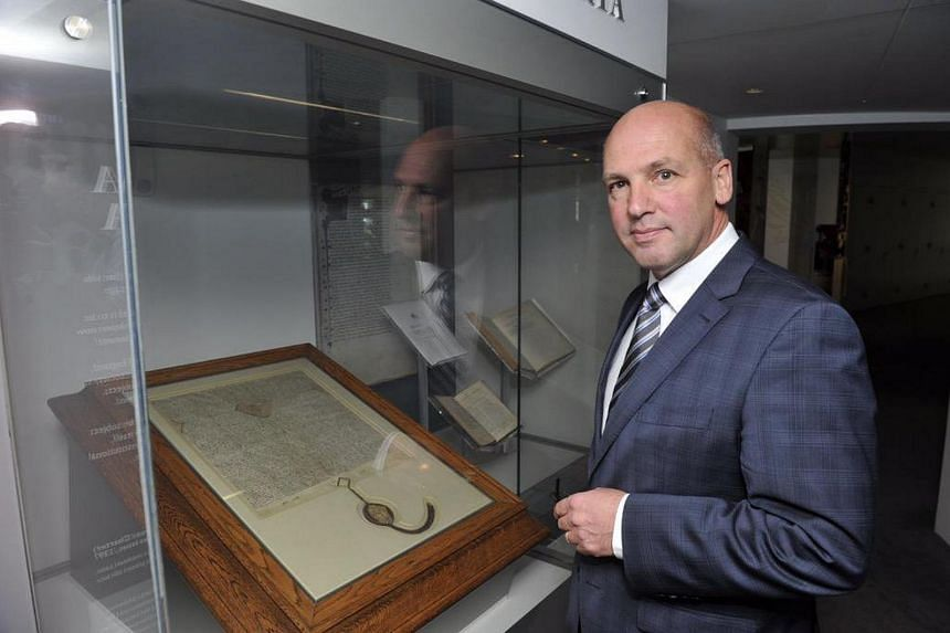 Mr Stephen Parry said he will submit his resignation on Thursday after being told that along with his Australian citizenship, he also held British citizenship by descent.