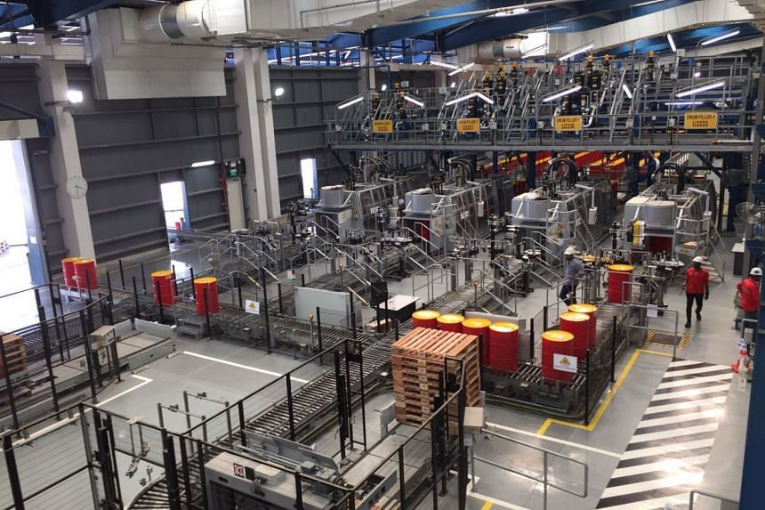 Shell Tuas Lubricants Plant is highly automated and can produce up to 430 million litres of lubricants and greases every year.