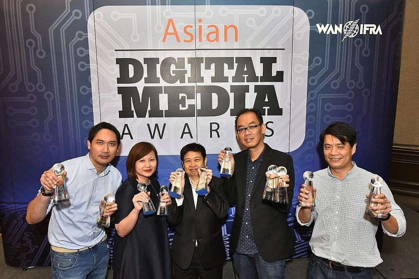 From at left: Mr Azhar Kasman, editor of Stomp; Ms Ong Hwee Hwee, digital editor of The Straits Times; Ms Han Yong May, associate editor of Lianhe Zaobao and digital editor of Chinese Media Group; Mr Chew V Ming, deputy head of digital strategy, and