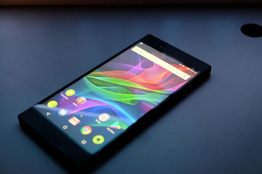 The Razer phone's specs puts it on a par with flagship models from other brands like the iPhone X, Samsung Note8 and Google Pixel 2 XL.