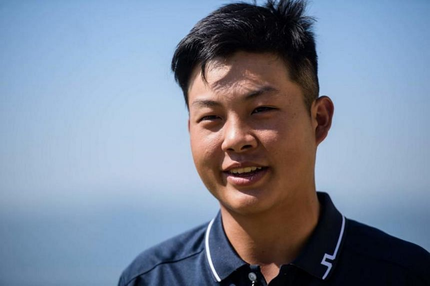Golf sensation Lin Yuxin stormed to the Asia-Pacific Amateur Championship (AAC) in New Zealand on Sunday (Oct 29) with a birdie-eagle finish.