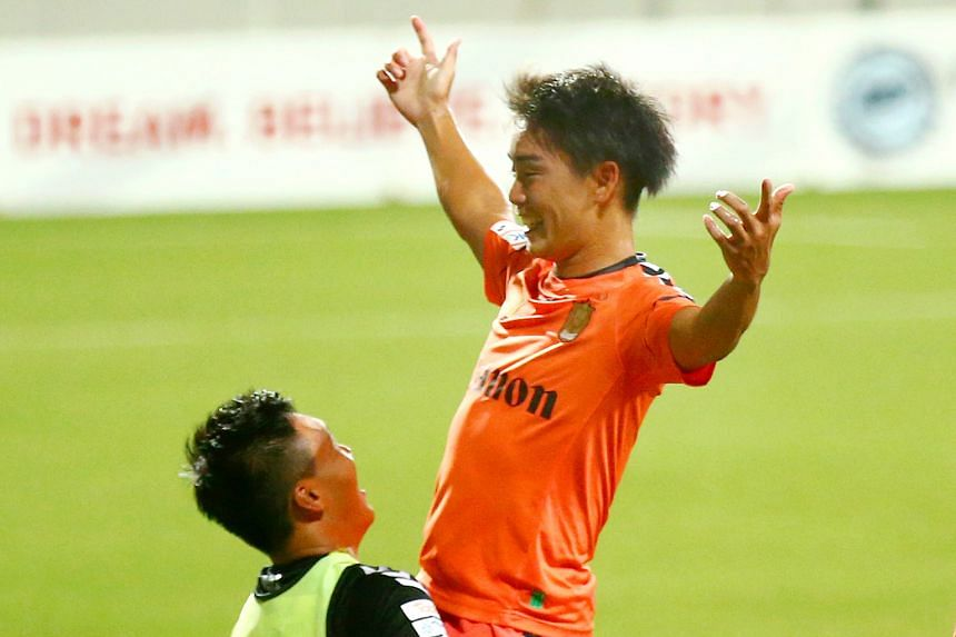 Albirex Niigata's Ryoto Nakai celebrating one of his 11 goals this season, second only to Tsubasa Sano's 19 among the defending champions' squad. They have drawn only one and lost none of their last nine matches.