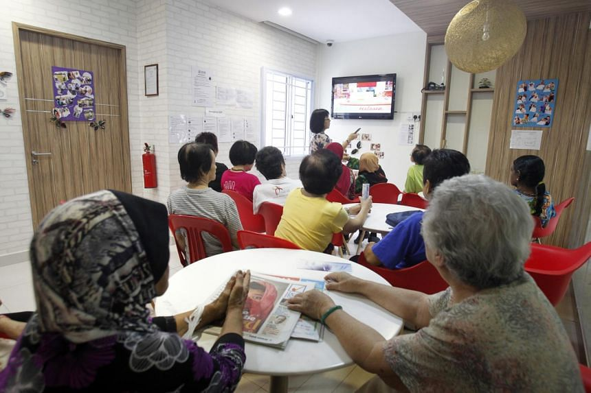 The move to digital broadcasting started in December 2013 when national broadcaster Mediacorp converted all seven of its free-to-air TV channels to the digital format.