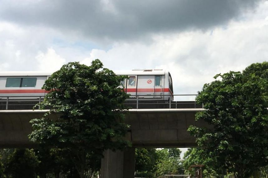 SMRT had previously ended train services earlier at selected stations on the North-South and East-West lines, over stretches in 2014 and 2015, to facilitate the replacement of worn-out sleepers.