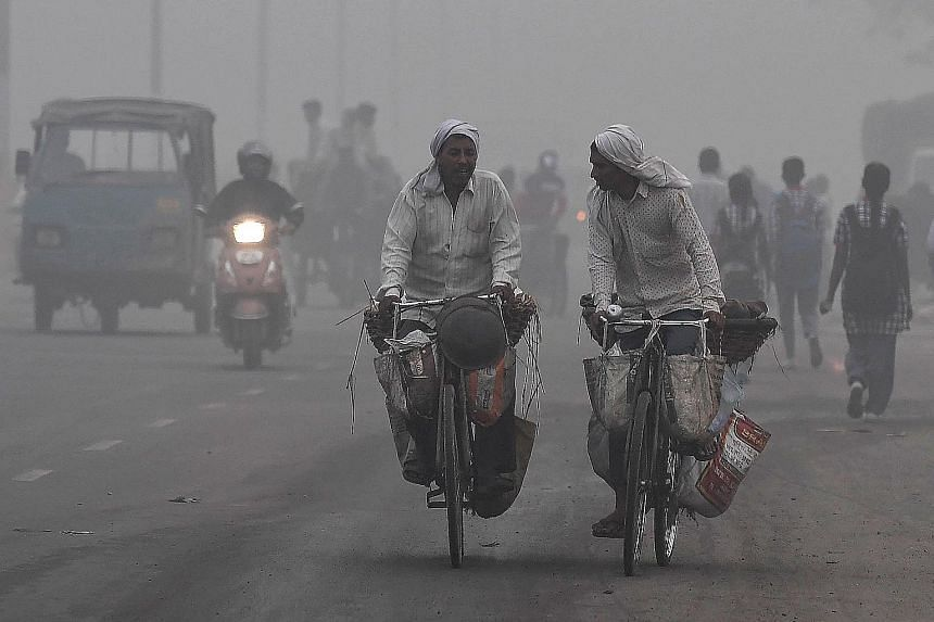 Residents woke up to heavy smog in New Delhi yesterday as the air quality in the world's most polluted capital city reached hazardous levels. The website of the United States Embassy in India said levels of fine pollutants known as PM2.5 - which are