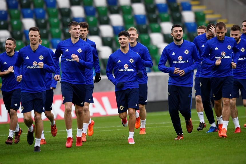 Northern Ireland forward Jamie Ward says the team will thrive as underdogs against Switzerland in the Russia 2018 play-offs as they seek to qualify for their first World Cup since 1986.