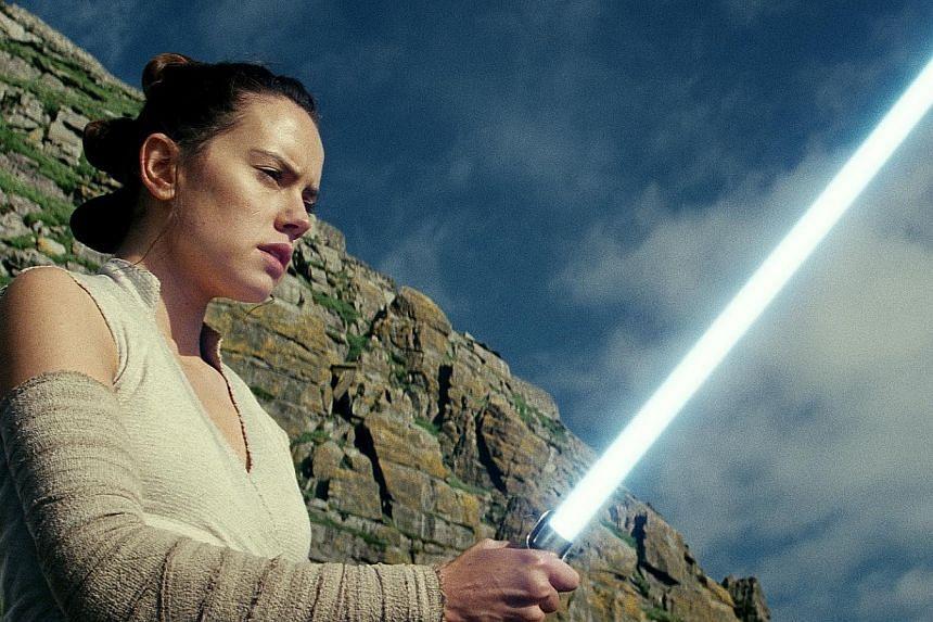 Star Wars: The Last Jedi stars Daisy Ridley.