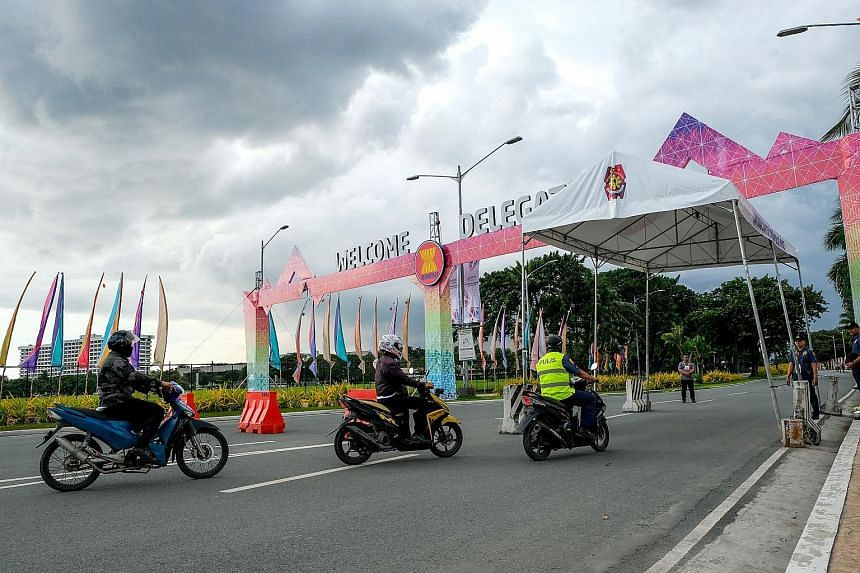 A security checkpoint in Manila, venue of the 31st Asean Summit. Foreign ministry spokesman Robespierre Bolivar said on Friday that the Philippines expected leaders to announce the start of talks on a Code of Conduct, following skirmishes between Chi