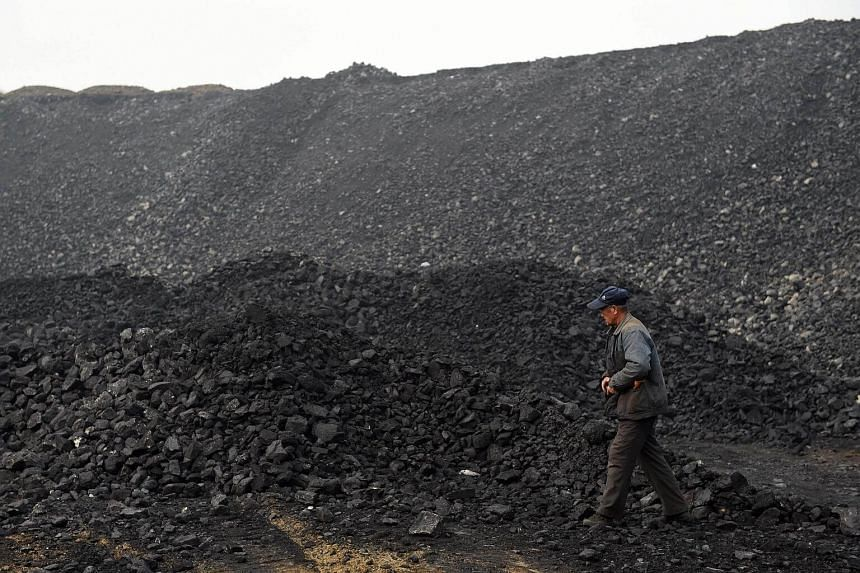 China's Xinjiang province had shut down 112 coal mines by the end of October, Xinhua reported on Nov 12, 2017.