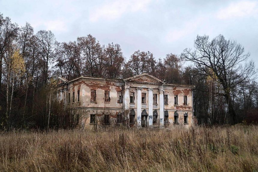 The neglected estate of Grebnevo, east of Moscow.