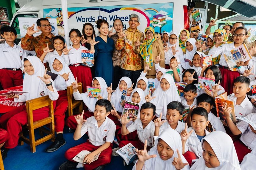 According to Dr Yaacob, the latest WoW mobile library will build on the success of a similar programme in Bandung, which benefitted close to 13,000 students from 15 schools in the capital of West Java.