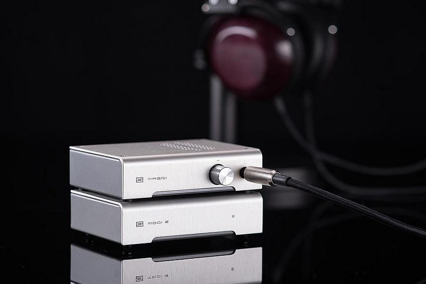 The Magni 3 complements Schiit's line of DACs, which, when chained together in a pair and put on top of each other onto what is commonly known as a Schiit stack, provides audiophiles with a set-up that can handle all the high-end audio they throw at