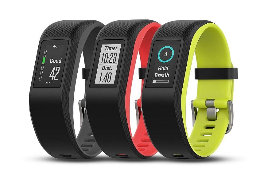 The vivosport, although not sleek or trendy, has a compact body and comes with a colour touchscreen display and built-in GPS.