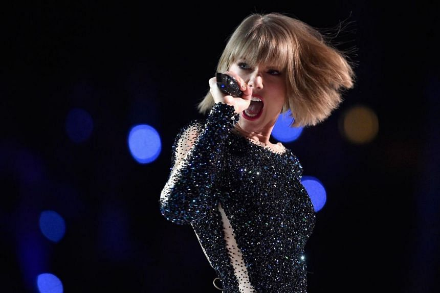 US pop star Taylor Swift's new album Reputation failed to beat the record set by Britain's Adele two years ago.