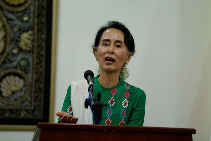 Aung San Suu Kyi talks to media during a news conference after she met with US Secretary of State Rex Tillerson at Naypyitaw, Myanmar.