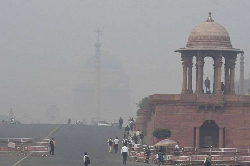 """Roughly 35,000 runners are set to participate in the Airtel Delhi Half Marathon despite a toxic smog that descended on India's capital and caused a """"public health emergency."""""""