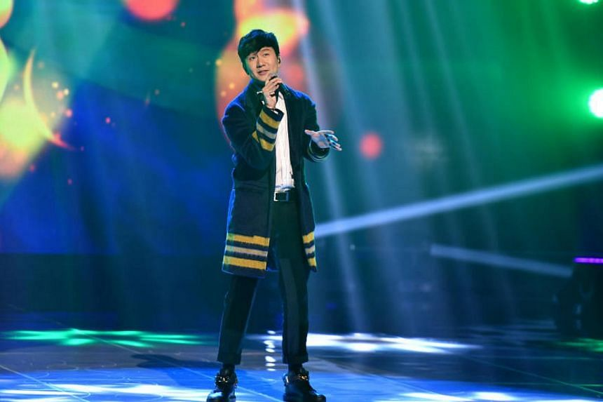 Luis Fonsi is working with Singaporean singer-producer JJ Lin (above) to launch a Mandarin version of viral dance hit Despacito.