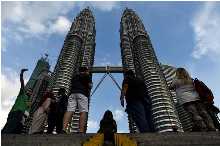Malaysia's economy grew 6.2 per cent in the third quarter from a year earlier, central bank data released on Friday (Nov 17) show.