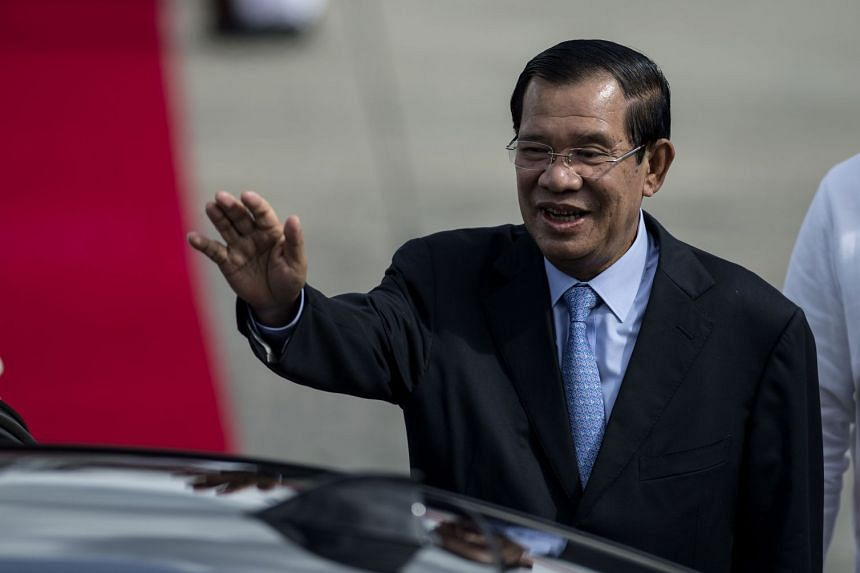 Cambodia's Supreme Court dissolved the country's main opposition party at the request of the government of Prime Minister Hun Sen ahead of elections next year.