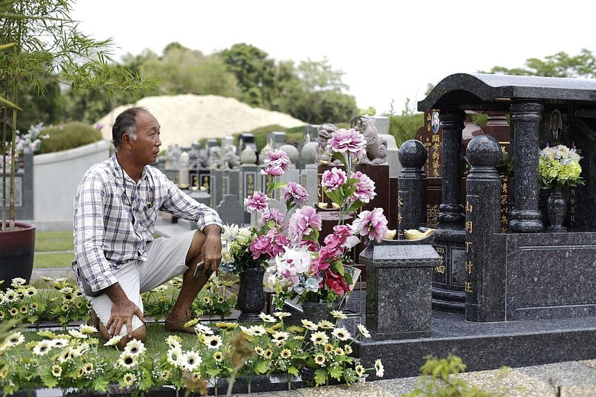 (Above and below) Engravings done by Mr Ang. Mr Edward Ang has been designing tombstones for Christian, Hindu and Jewish graves at Choa Chu Kang Cemetery for decades.