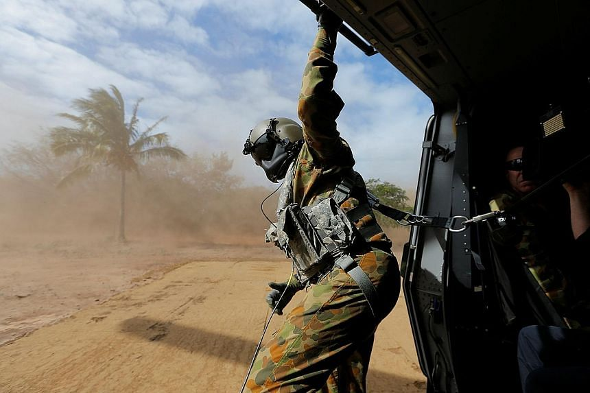 While Liberal MP Linda Reynolds is pushing for a bipartisan approach towards defence planning and capabilities, defence experts have been largely sceptical of whether this can lead to greater accountability and consistency.