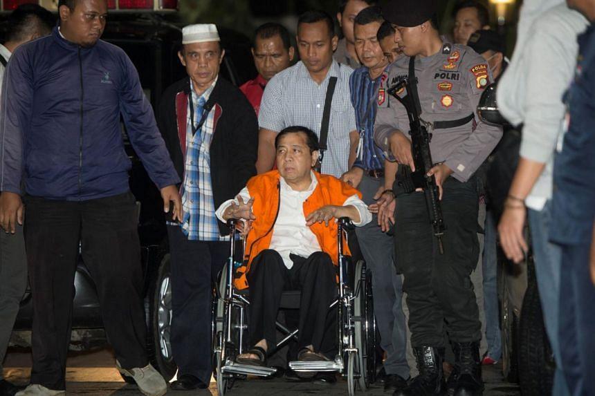 Indonesia's Speaker of the House Setya Novanto arrives at the Corruption Eradication Commission (KPK) building in Jakarta, Indonesia, on Nov 19, 2017.