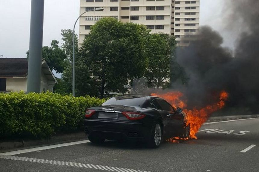 A Maserati on fire along the Kallang-Paya Lebar Expressway (KPE) caused the Pan-Island Expressway (PIE) exit to be closed, on Nov 20, 2017.