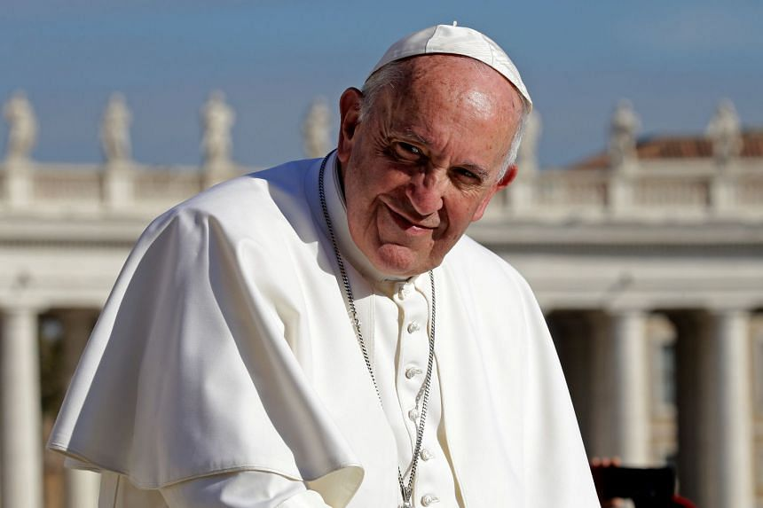Pope Francis, who has repeatedly spoken out over the persecution of the religious minority by the Myanmar authorities, will meet a small group of Rohingyas during an interfaith meeting scheduled for Dec 1, 2017.