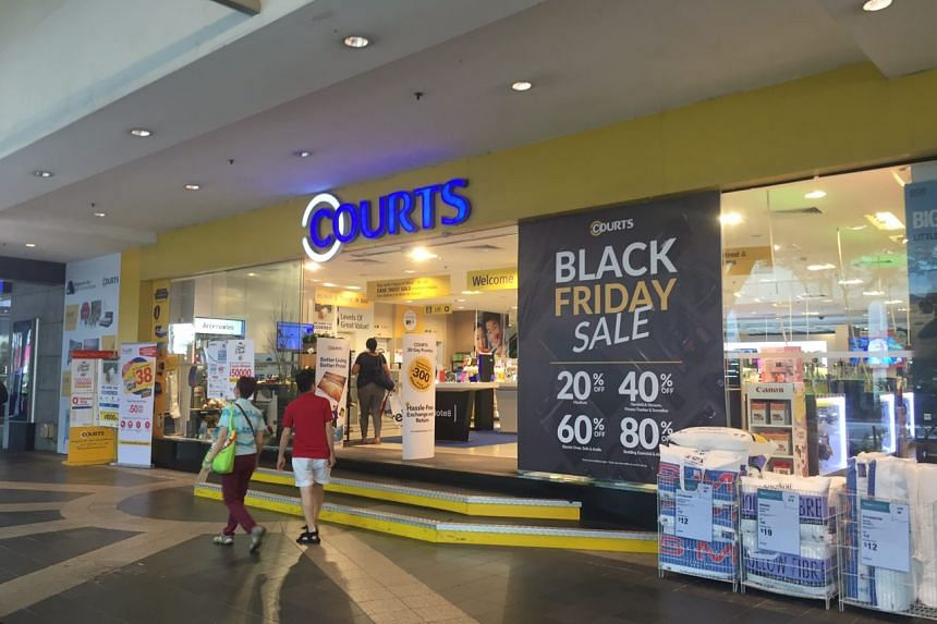 Black Friday sales at Courts Orchard.