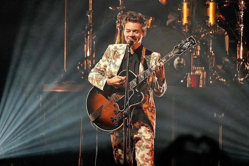 Harry Styles sprinkled his magic dust over his fans in Singapore on Thursday.