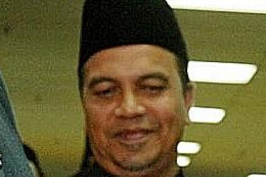Anak Bukit assemblyman Amiruddin Hamzah said his main reason for defecting to PPBM is PAS' refusal to cooperate with other opposition parties.