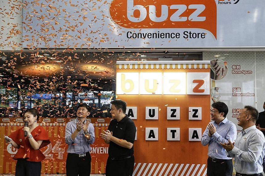 "Customers can download the ""Vending powered by Masterpass"" app to scan a QR code on the machines, select their items, and pay for them from their smartphones. The mobile app is currently available for Android devices. Machines at SPH Buzz's hybrid co"