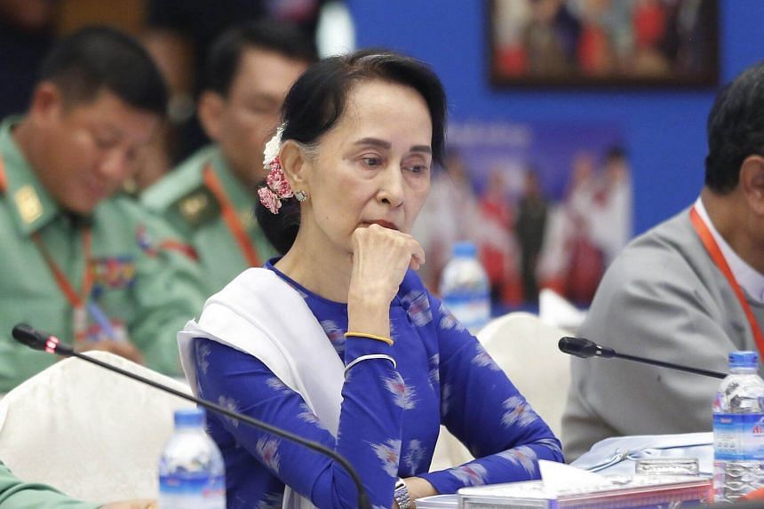 The decision to permanently remove the honour accorded to Aung San Suu Kyi was taken at a meeting of the Oxford City Council following a preliminary vote in October.