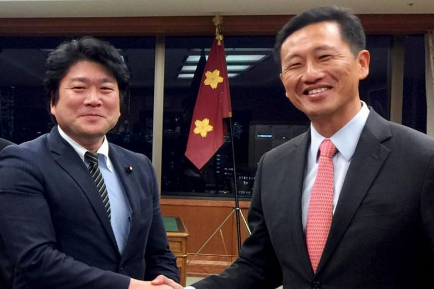 Second Minister for Defence Mr Ong Ye Kung (right) meets Japanese State Minister of Defense Mr Tomohiro Yamamoto (left) at the Japan Ministry of Defense on Nov 28, 2017.