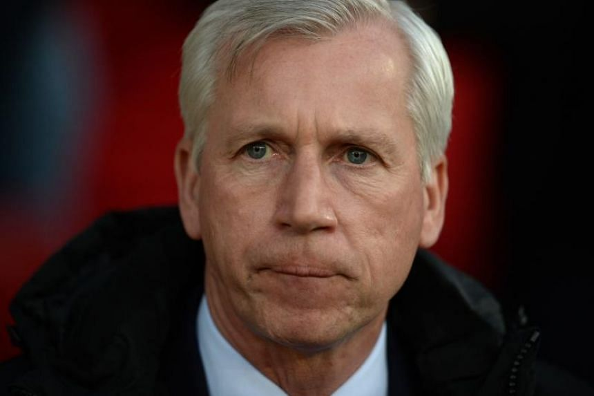The appointment marks Alan Pardew's return to management for the first time since December 2016.