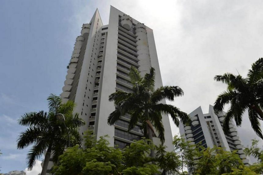 The sale of Amber Park for $906.7 million smashed the record garnered in a freehold collective sale in Singapore. MAS said in a report released on Nov 30, 2017, that recent market developments such as the en bloc fever and rising land prices could po