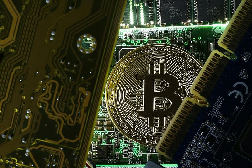 """It is unclear how digital currencies like bitcoin will behave in a crisis, warned Fed vice-chairman for supervision Randal Quarles. If they could not be predictably exchanged for the US dollar at a stable rate in """"times of adversity"""", this could crea"""