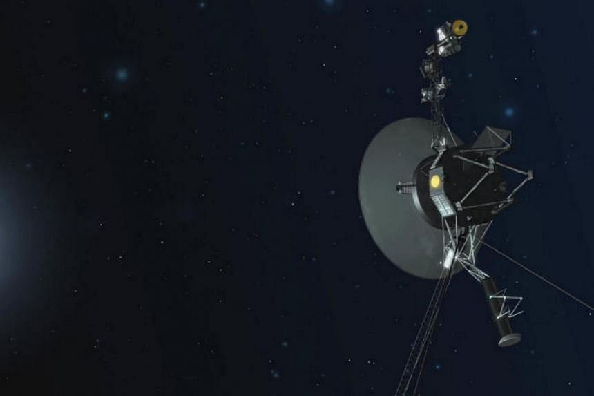 Nasa's Voyager 1 spacecraft - cruising interstellar space billions of kilometres from Earth - was back on the right track thanks to thrusters that were fired up for the first time in 37 years.