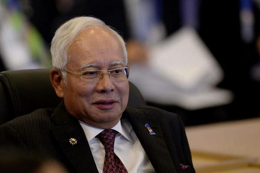 Malaysian PM Najib Razak said that Umno needed to solve internal tensions like a family, at a closed-door briefing to top and grassroots leaders across all party wings.