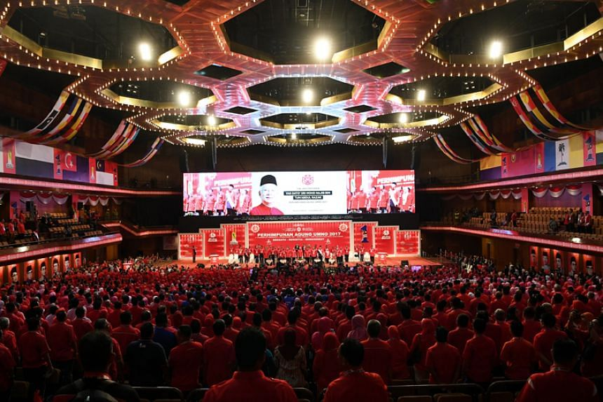 Umno-led Barisan Nasional does not simply want a win of a simple majority in the upcoming general election, said acting Umno deputy president Ahmad Zahid Hamidi.