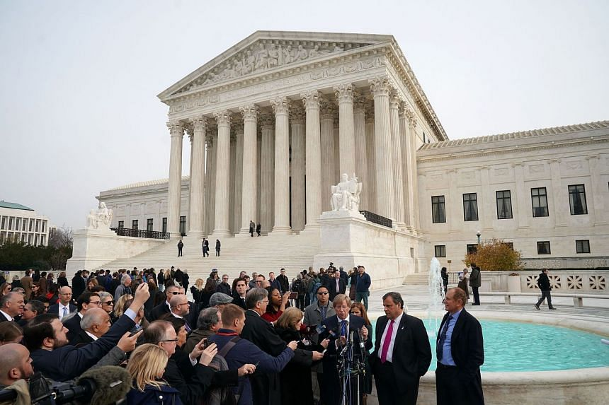 New Jersey Governor Chris Christie and attorney Ted Olson speak to members of the media in front of the US Supreme Court.