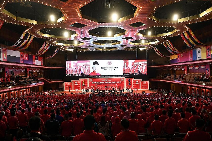 Umno started its five-day general assembly yesterday, with the traditional briefing by its president, Datuk Seri Najib Razak, on the party's immediate challenges.