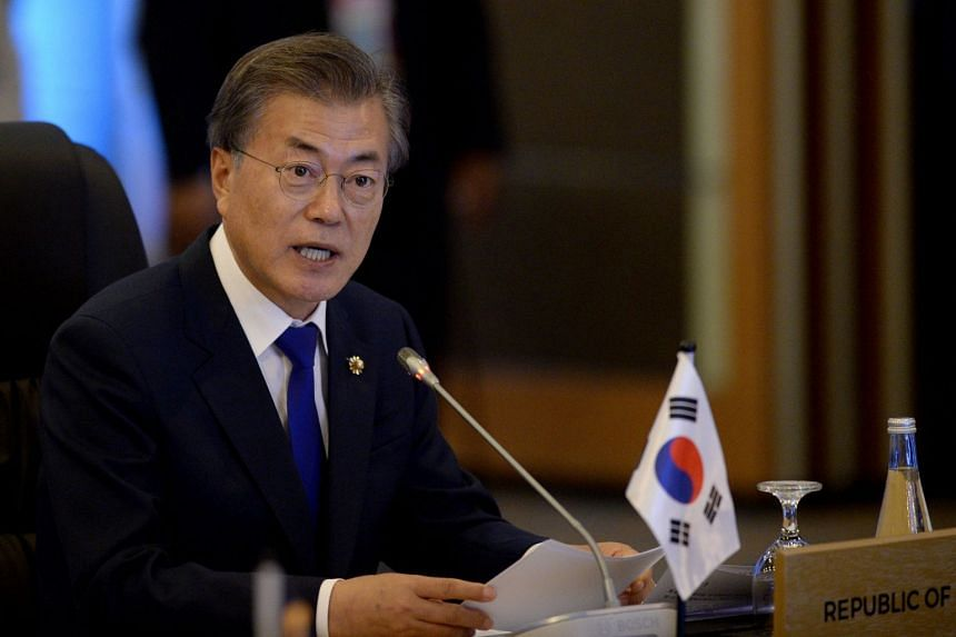 South Korean President Moon Jae In will visit China from Dec 13 to 16, China's official Xinhua news agency said.
