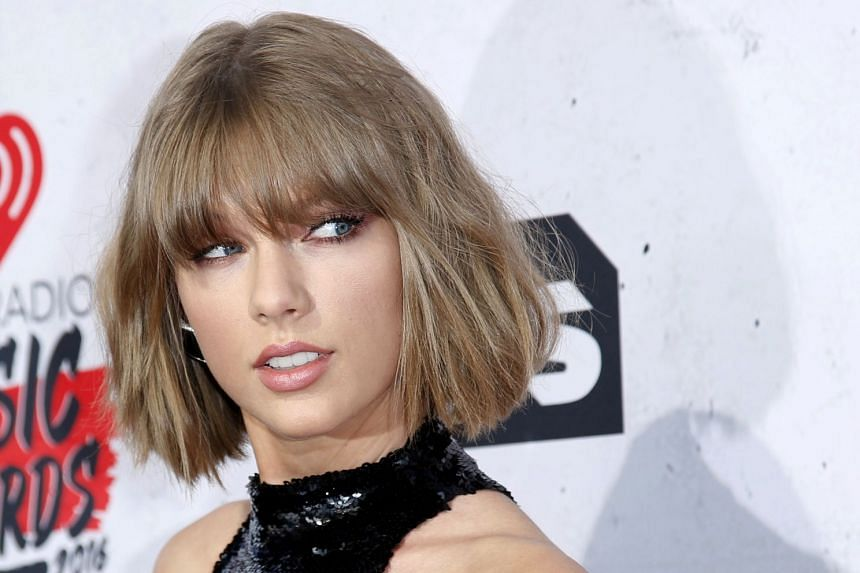 Taylor Swift says she was angry when she decided to forego courtroom formalities.